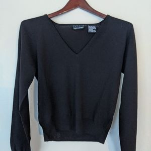 Theory Bergdorf Goodman large v neck sweater